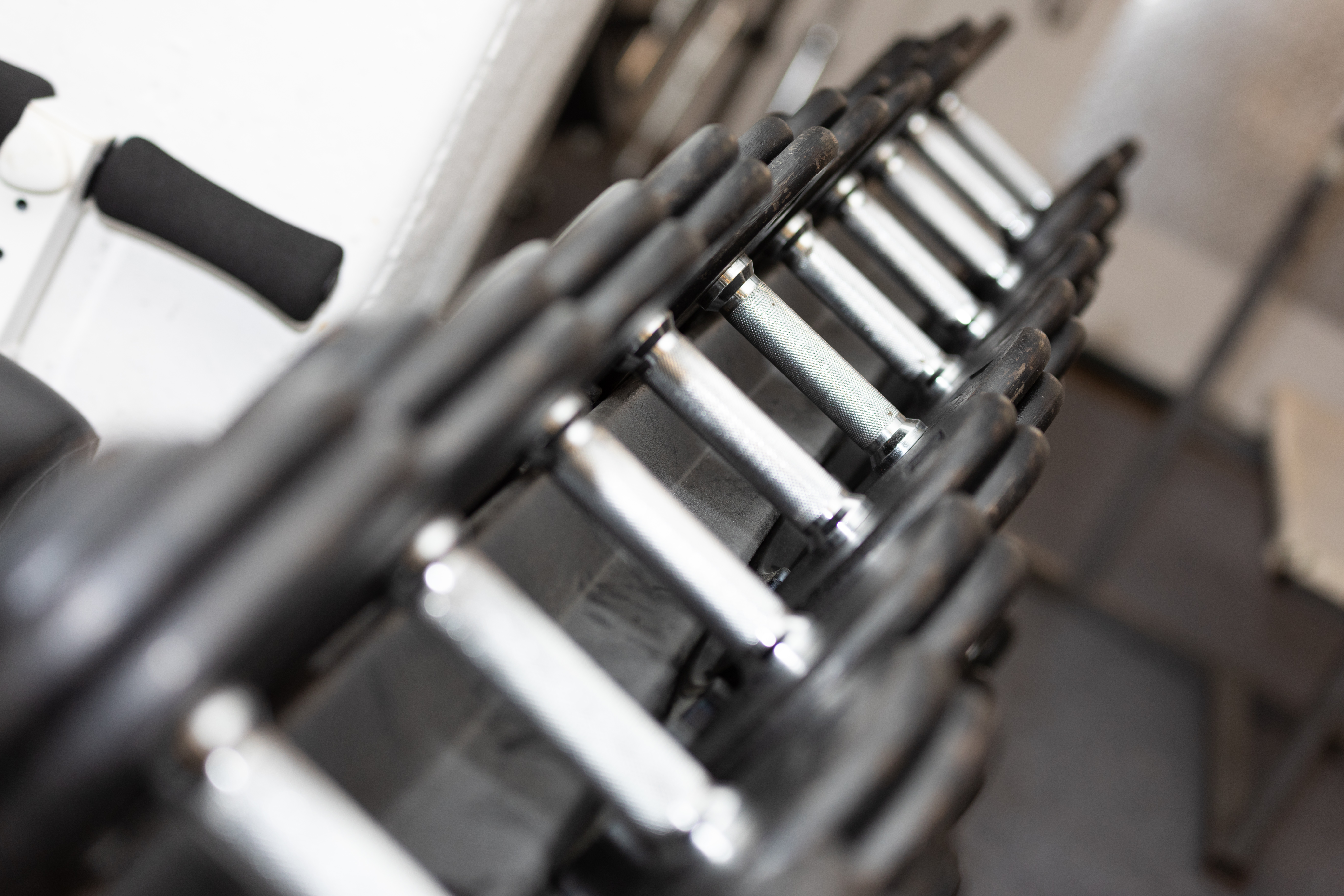 Kurzhanteln im Powersports Gym